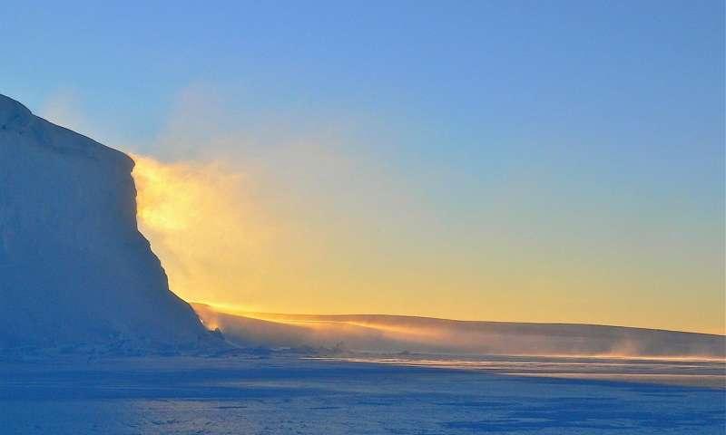 臭氧消耗增加了南极降雪 部分缓解了冰盖的减少.jpg