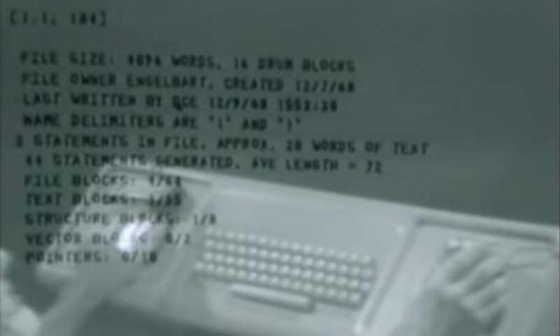 1968年恩格尔巴特通过屏幕和鼠标放弃了对知识工作的想法.jpg