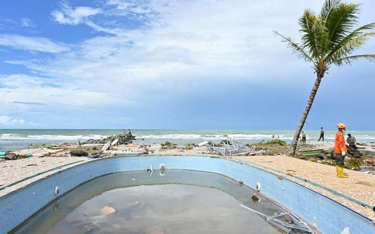 没有任何警告意味着不能逃离印尼海啸.jpg