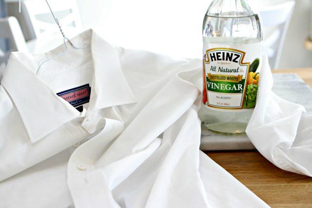 用醋洗衣服的10种基本方法.jpg