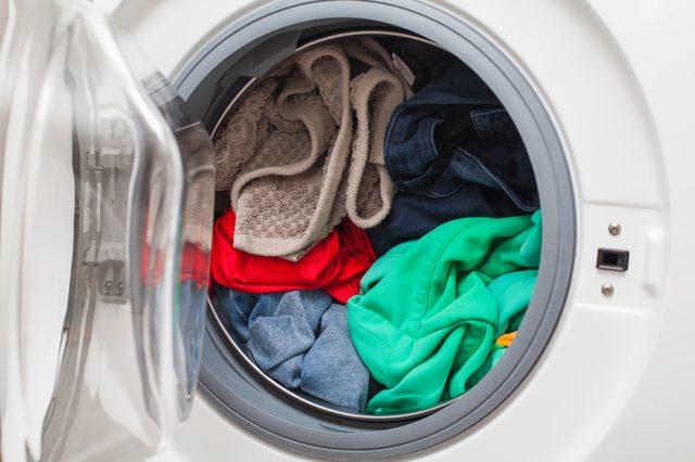 用醋洗衣服的10种基本方法4.jpg