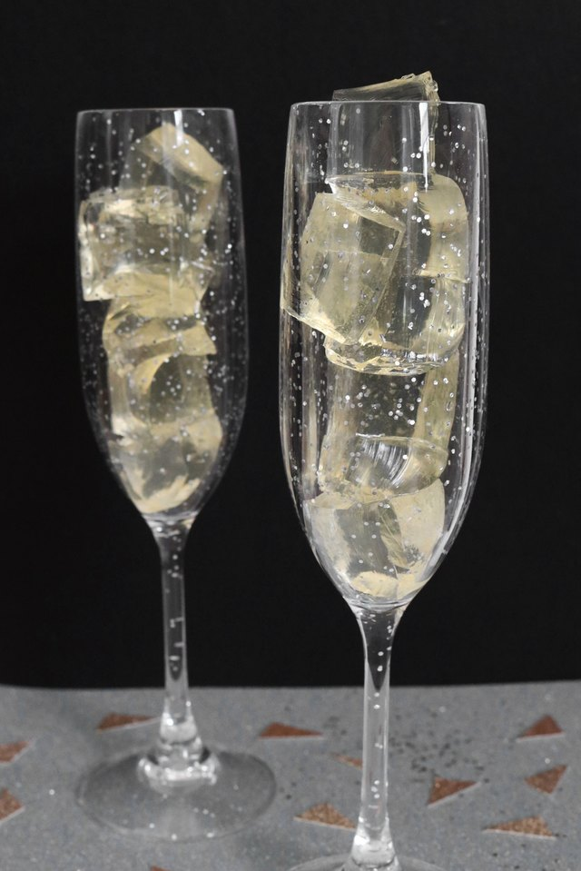 如何制作香槟果冻过新年过元旦6.jpg
