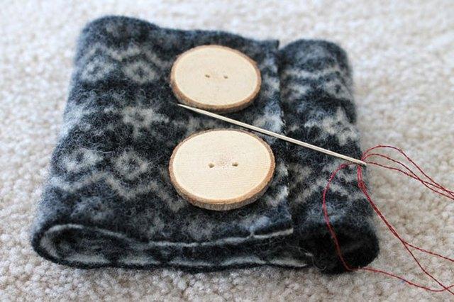 为杯子制作羊毛毡保温套5.jpg