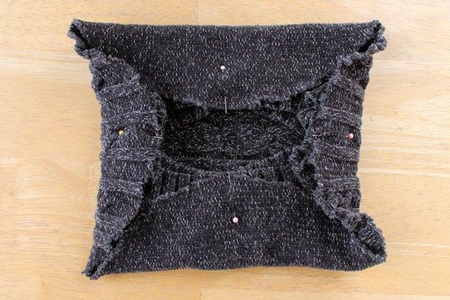 如何将毛衣改装造作为贝雷帽4.jpg