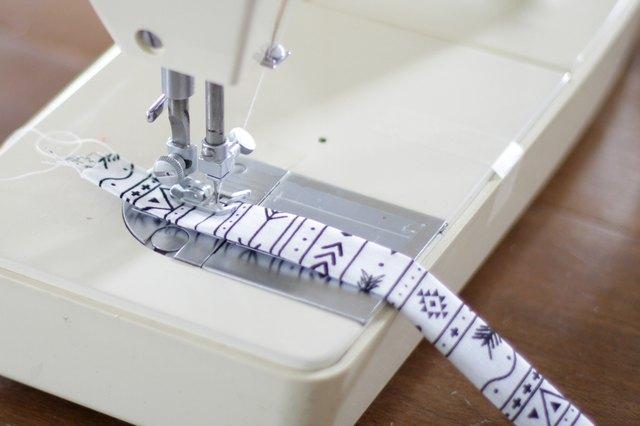 如何缝制旋转扣挂绳4.jpg