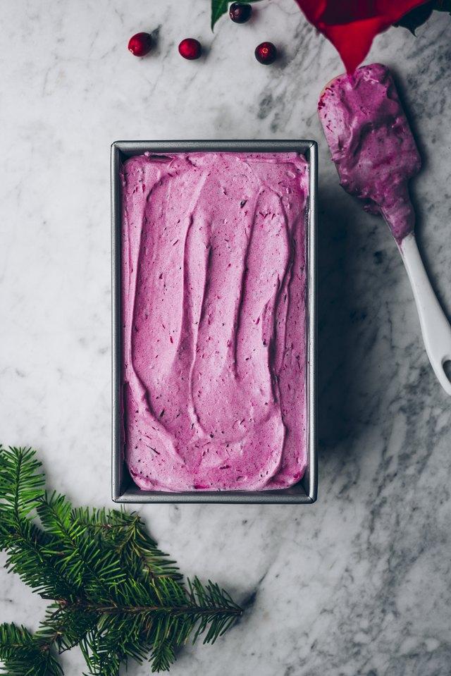 没有搅拌蔓越莓冰淇淋食谱6.jpg