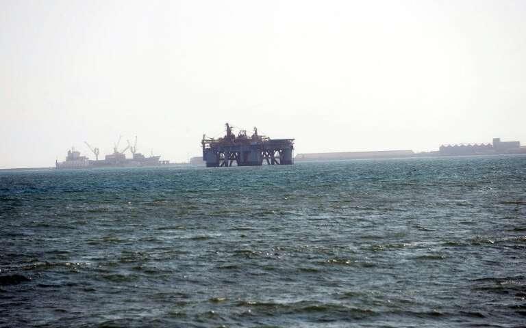 在加纳海岸发现了五亿五千万桶石油.jpg