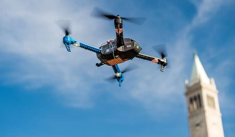 无人机将使用新型光伏发动机飞行数天.jpg